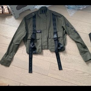 LF cropped jacket army utility cotton buckle xs